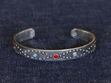 Classic Studs Bangle -Narrow-