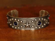 Shooting Star Studs Bangle