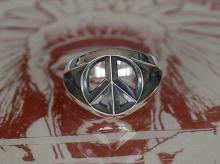 Triangle Wire Peace Ring -Wide-