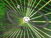 Smily Chain