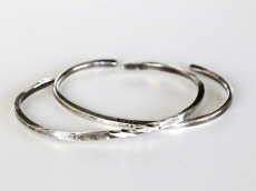 Center Part Twisted & Hammered Bangles