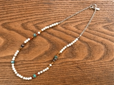 River Stone 3way Choker