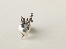 mary heart pierce -silver-