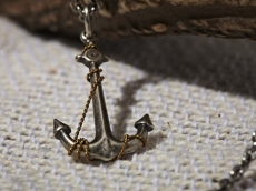 Anchor & Tricolor Necklace